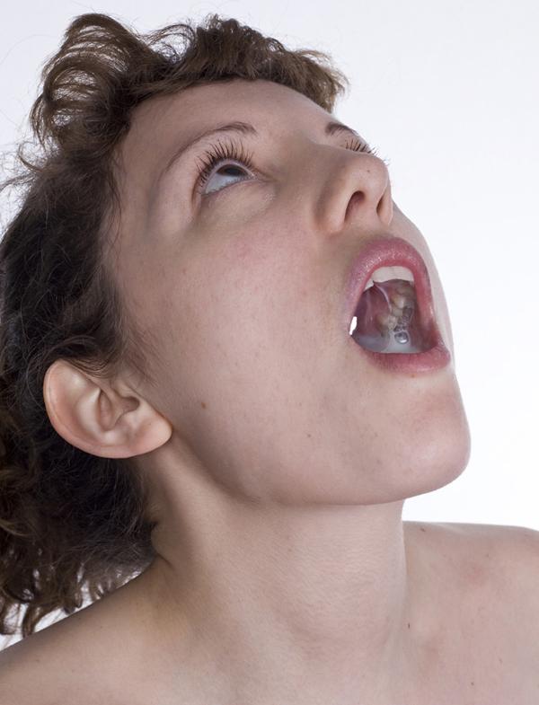 How many women swallow sperm